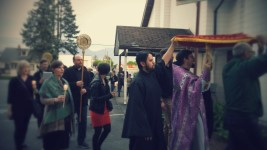 Procession with Shroud outside - with Singers